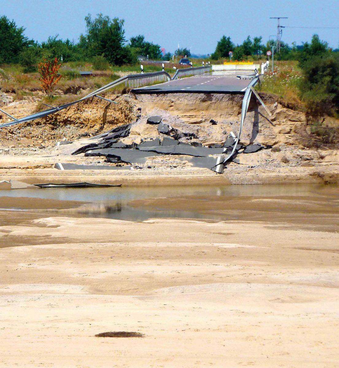 Kaum zu glauben, welche Kraft das Flüsschen Mulde durch das Hochwasser bekommen hat.