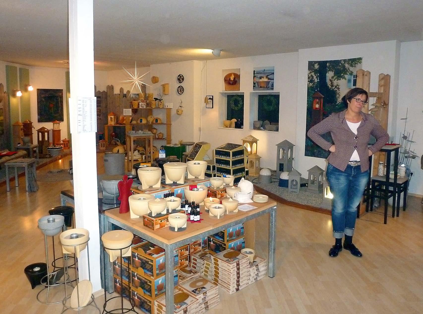 Blick in den Verkaufsraum vor Ort