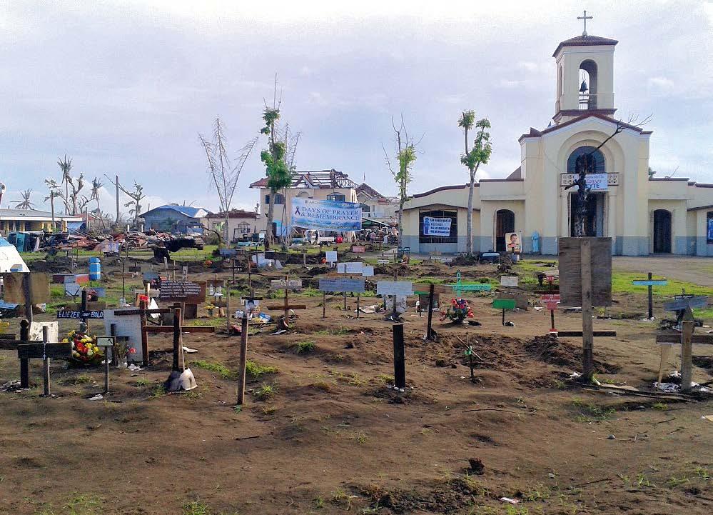 Bei den vielen Toten sind oft nur Massengräber möglich, wie hier auf dem Dorffriedhof.