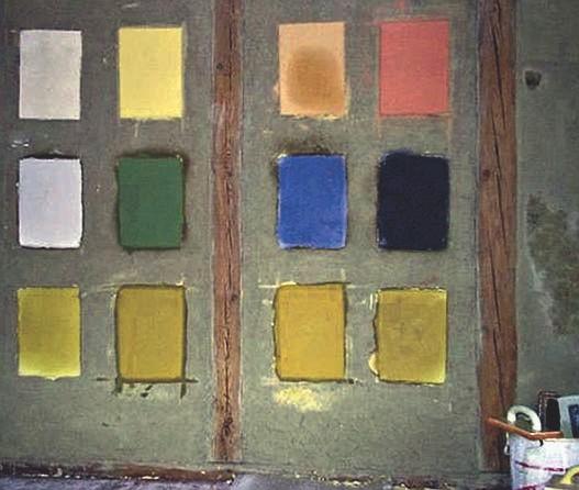 Farbmuster, eingefärbte Lehmputzflächen auf Naturlehmuntergrund
