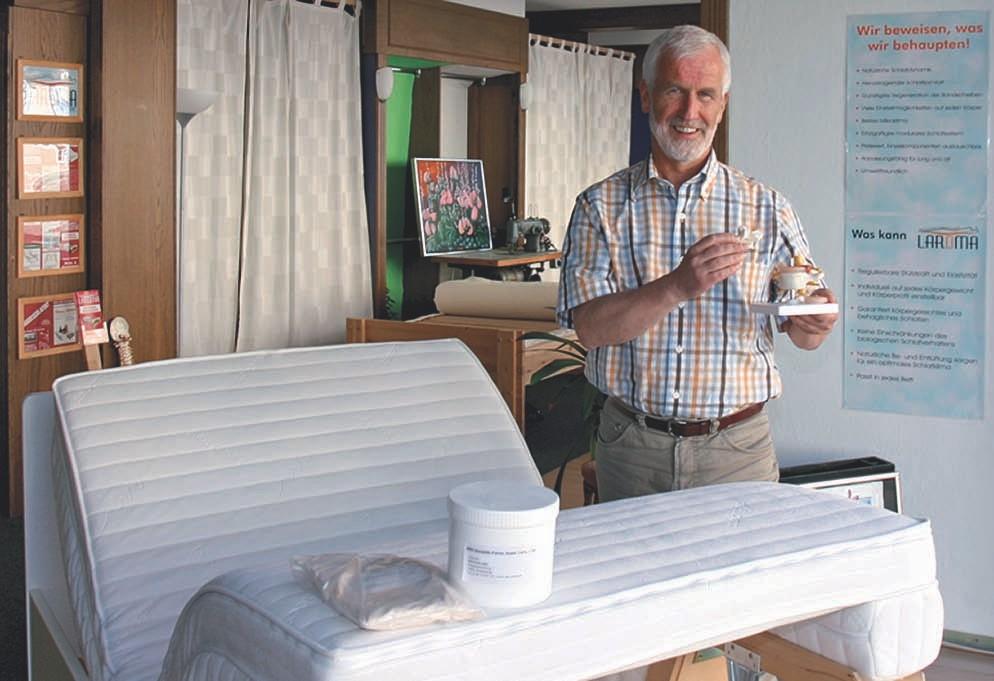 EM Keramikpulver im Schaumstoff