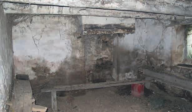 Kaum vorstellbar, dass dies dieselben Räume sind. Aus dem dreckigen, heruntergekommenen Stall wurde eine schmucke, gemütliche Wohnung.