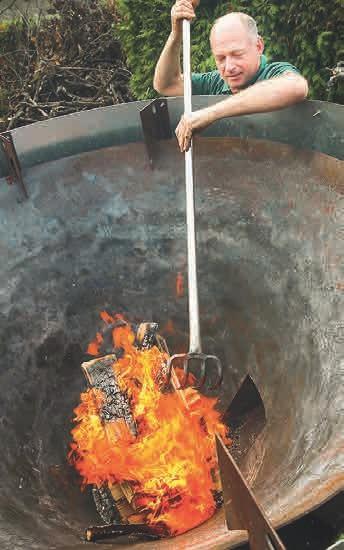 Das Feuer soll gleichmäßig brennen.