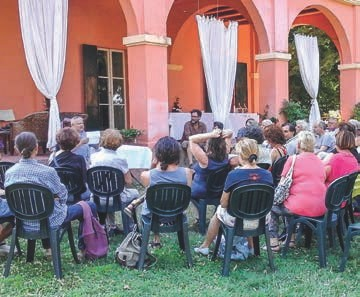 Vanni Ficola bei einem Vortrag des italienischen EMVereins im Sommer 2017 in Poggiolo