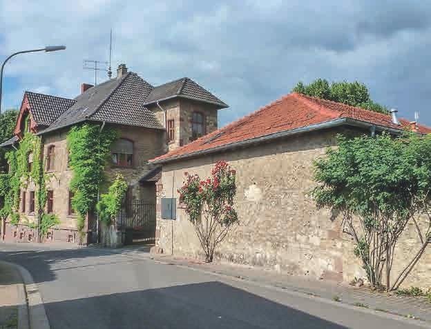 Die Gebäude des alten Weinguts wurden komplett renoviert und auf den neue-sten Stand gebracht.